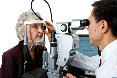 Photo of a comprehensive dilated eye exam